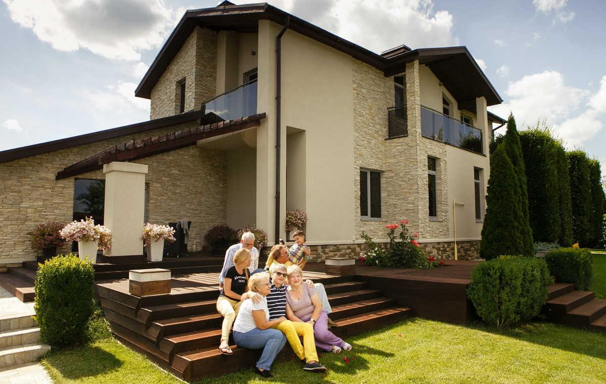 Проект дома двухэтажный с балконом фото когда выселяют